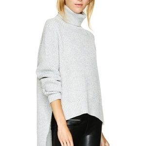 💕BOGO Forever 21 Ribbed slit turtle neck sweater
